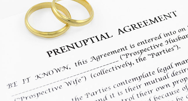 Брачный договор для ипотеки: когда стоит заключать, что он дает, риски и преимущества, условия и иное