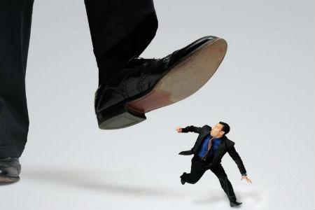 Защита прав предпринимателей: уполномоченный и его функции, судебные и внесудебные формы, закон, самозащита