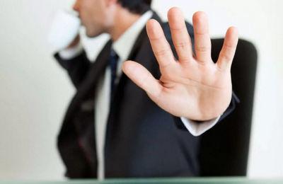 Как отказаться от командировки на работе: можно ли, по каким причинам, кого отправлять нельзя, ответственность за необоснованный отказ