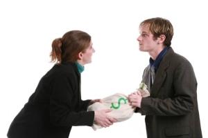 Алименты на содержание жены, в том числе до достижения ребенком 3 лет - основания, условия, порядок взыскания и другие правовые нюансы