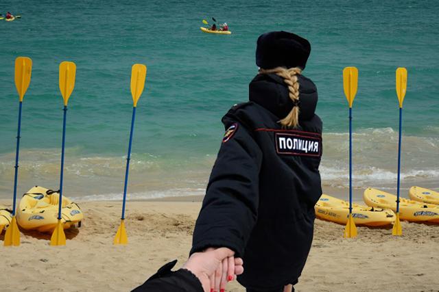 Выезд за границу РФ сотрудникам полиции: куда можно и нельзя выезжать в 2020